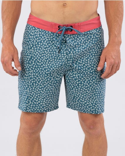 Mirage Noosa 19 Boardshorts in Green