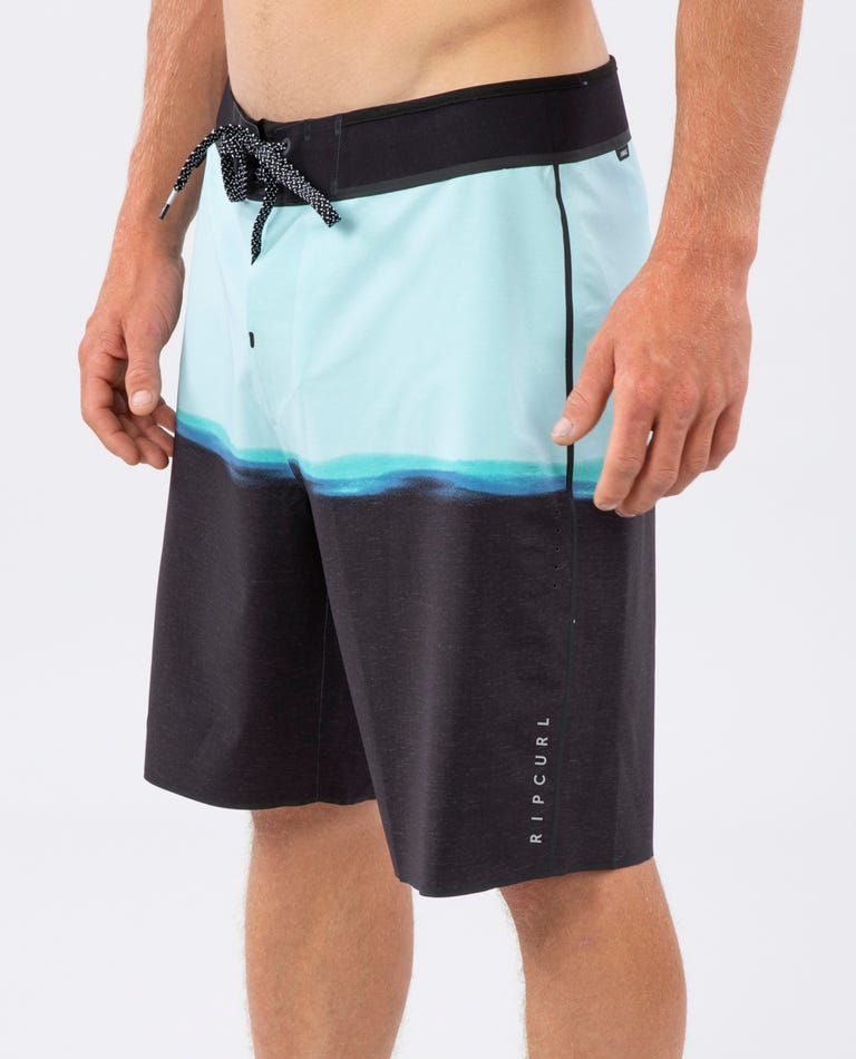 Mirage Recon ULT Boardshorts in Charcoal
