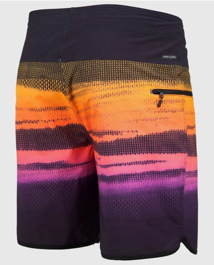 Mirage Wilko Resin 19 Boardshorts in Black