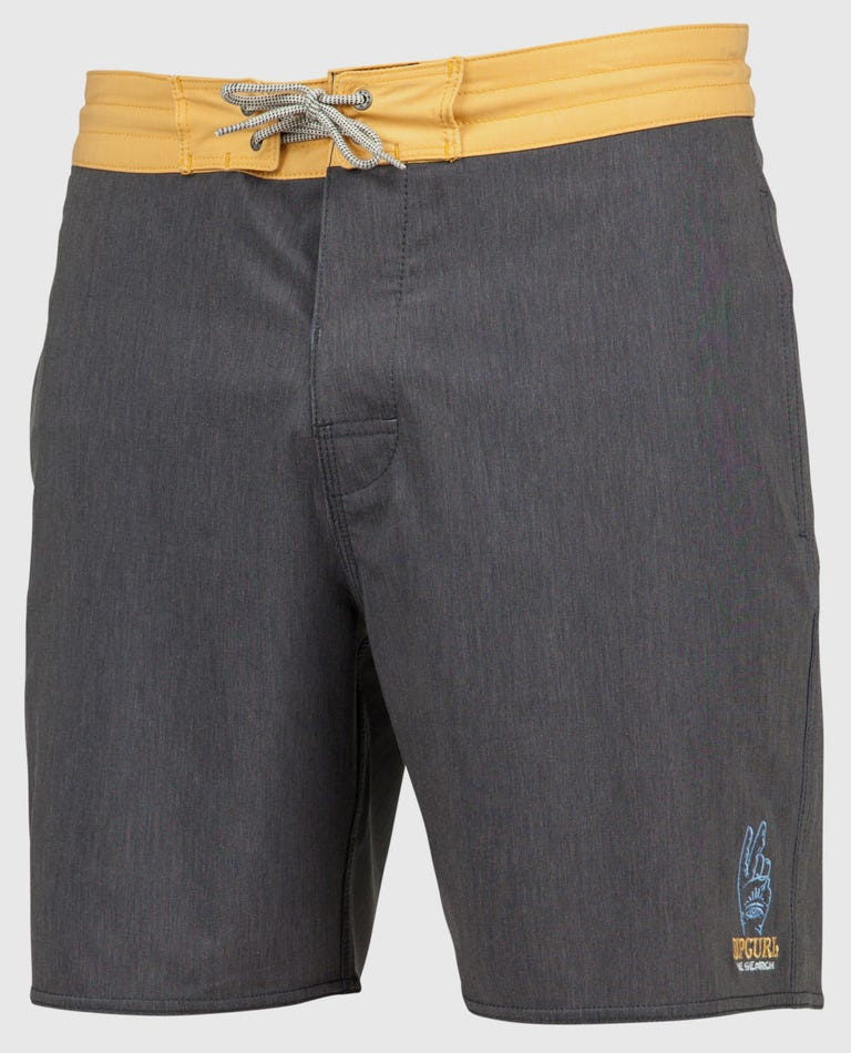 Saltwater Culture Lay Day 18 Boardshorts in Black