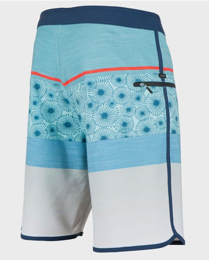 Mirage Visions 20 Boardshorts in Navy