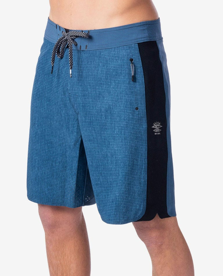 Mirage 3/2/One Ultimate 19 Boardshorts in Navy
