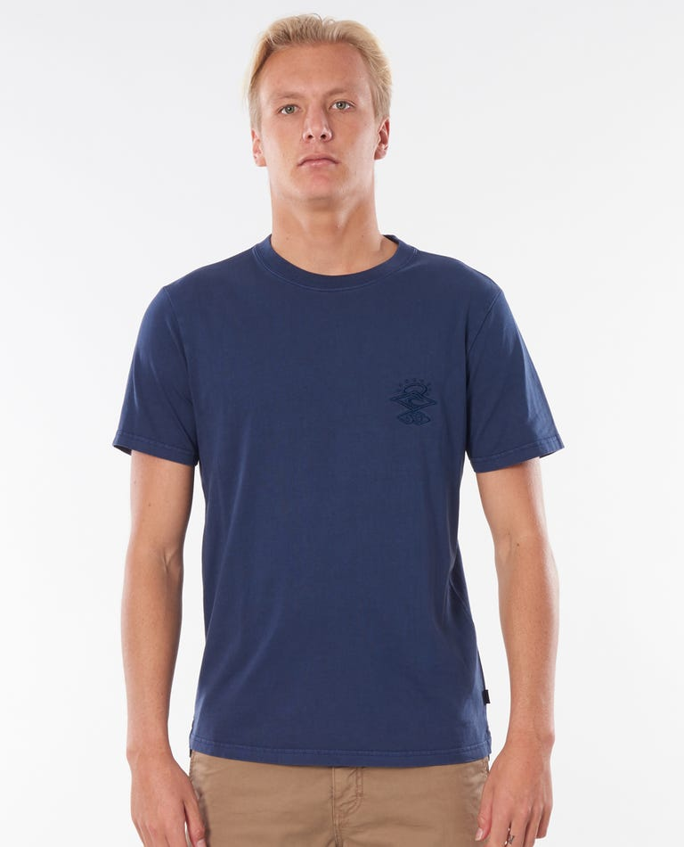 Searchers Tee in Navy