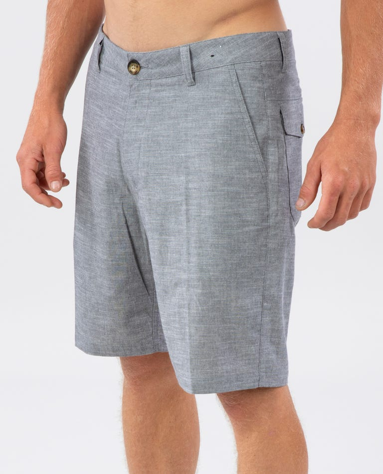Chavez 20 Shorts in Charcoal