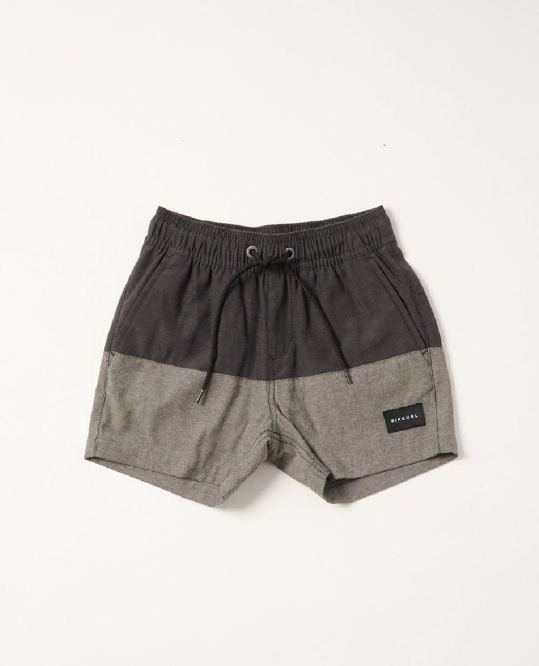 Block Volley Boardshort - Boys (0-7 years) in Washed Black