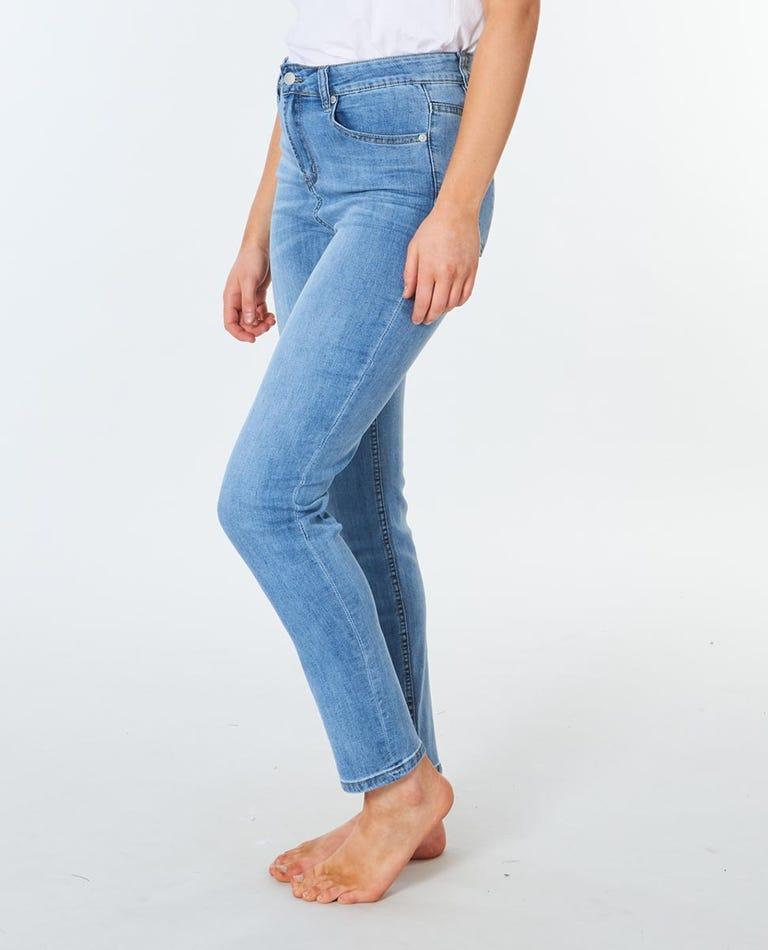 Juc Mid Rise Slim Jean in Blue