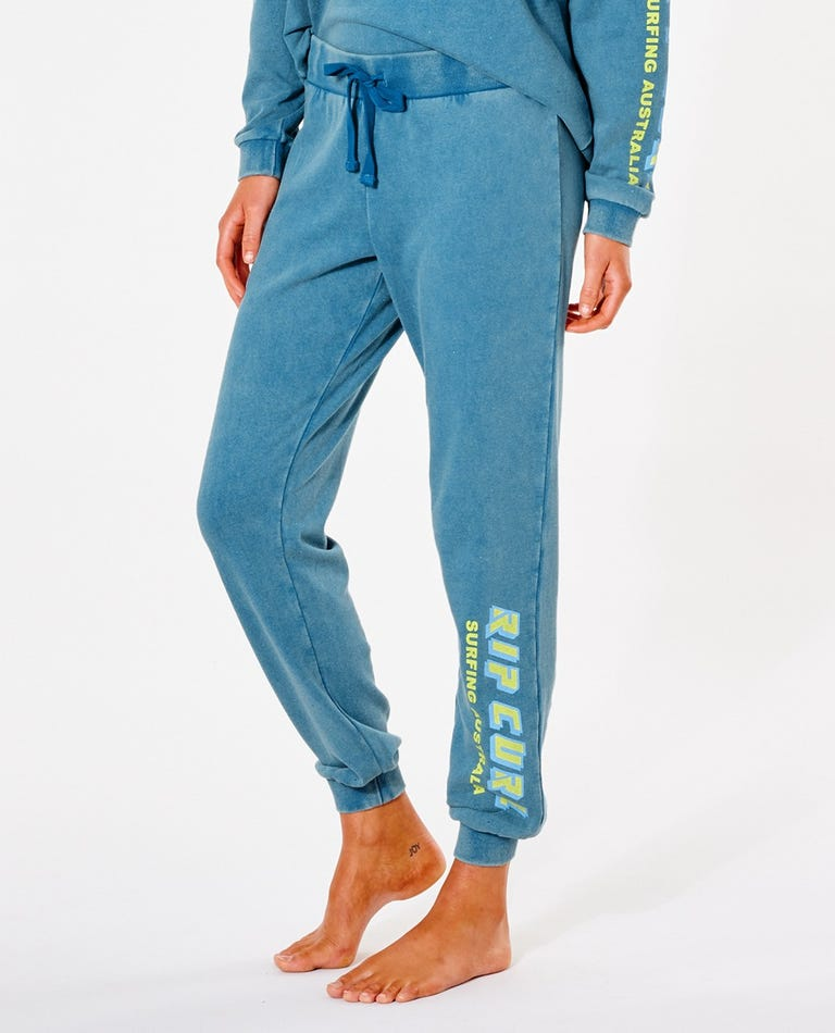 Vintage Revival Trackpant in Turquoise