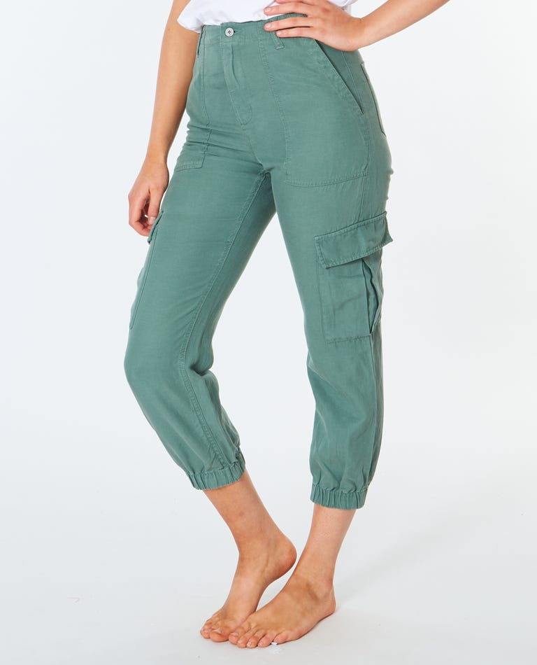 Tropic Sol Utility Pant in Green