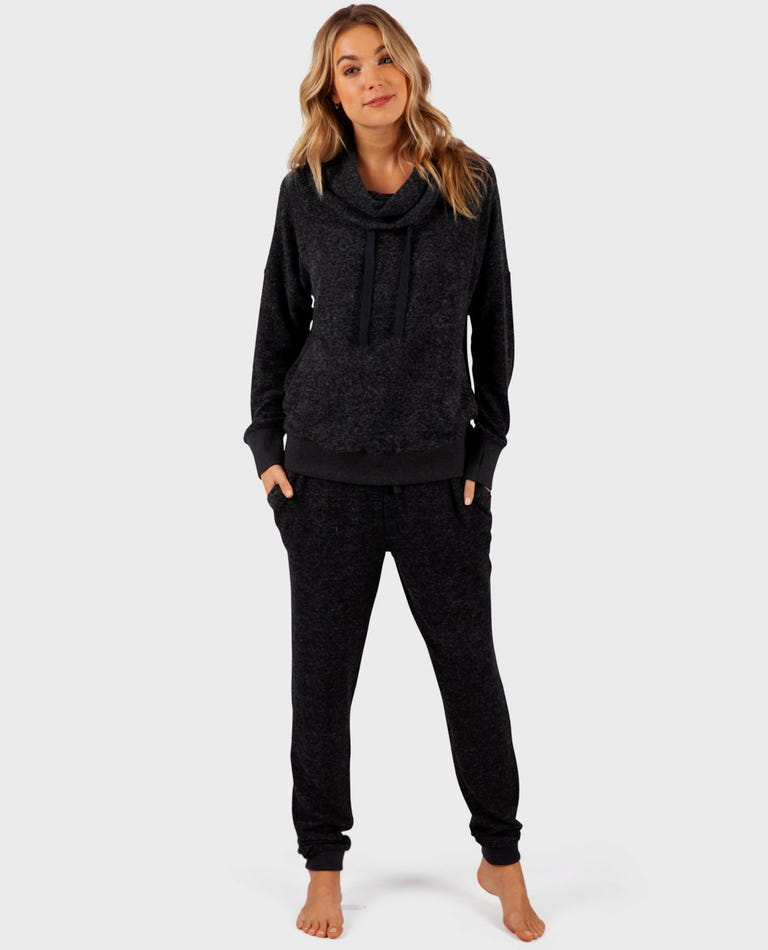 Cost Trackpant  in Black Heather