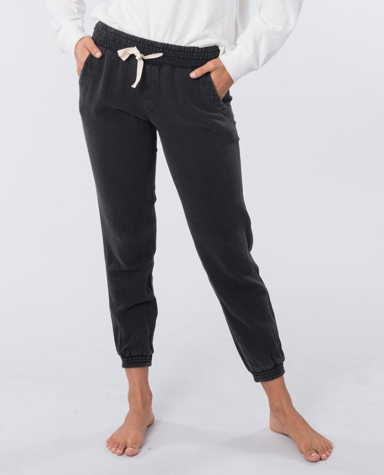 Classic Surf Pant in Black