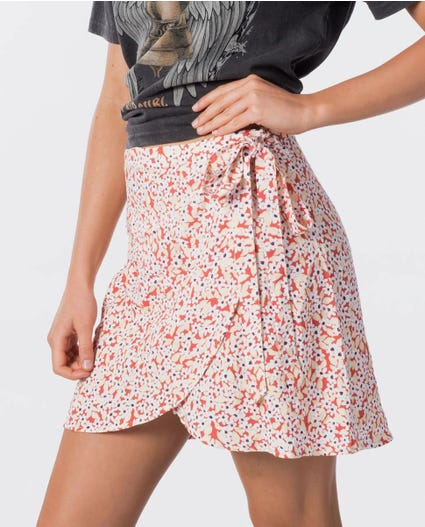 Daisy Wrap Skirt in Red