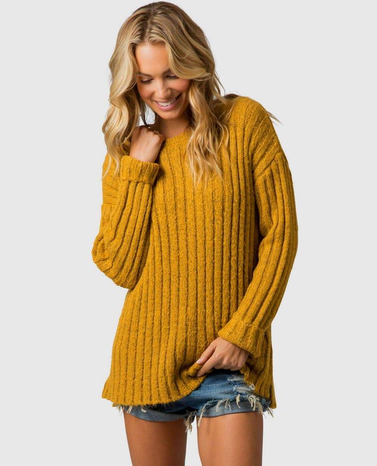 Pana Crew Sweater in Gold