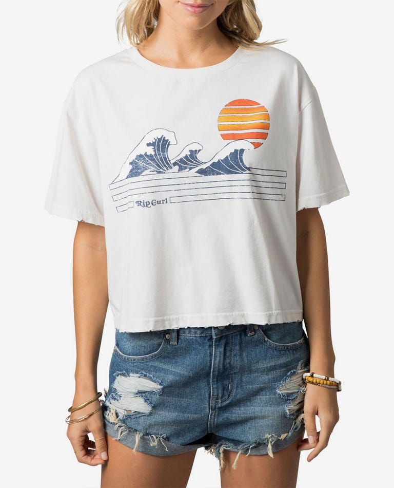 Wave Lines Crop Tee in Vanilla