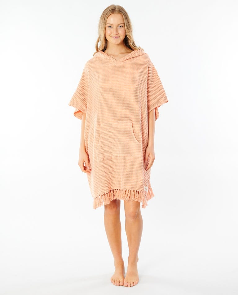 Stonewash Hooded Towel in Coral