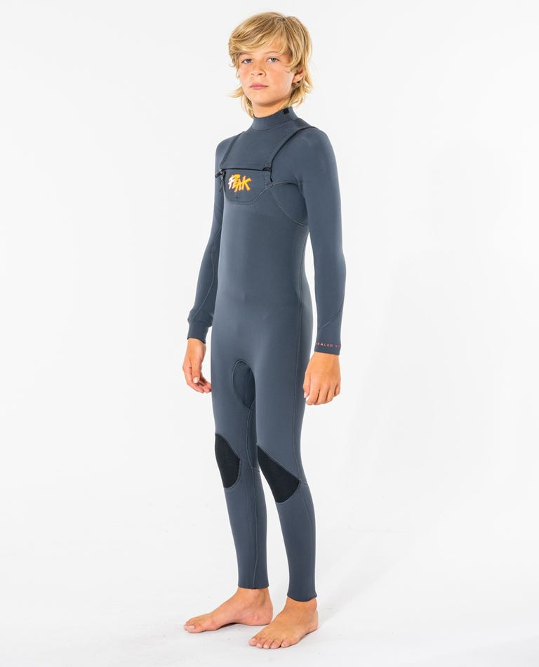 Peak Junior Climax Pro 3/2 GB Sealed Chest Zip Wetsuit in Charcoal Grey