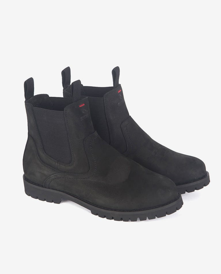 Bells Boot in Black/Black