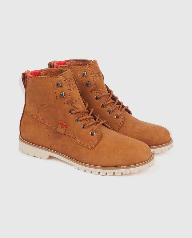003 Boot in Brown