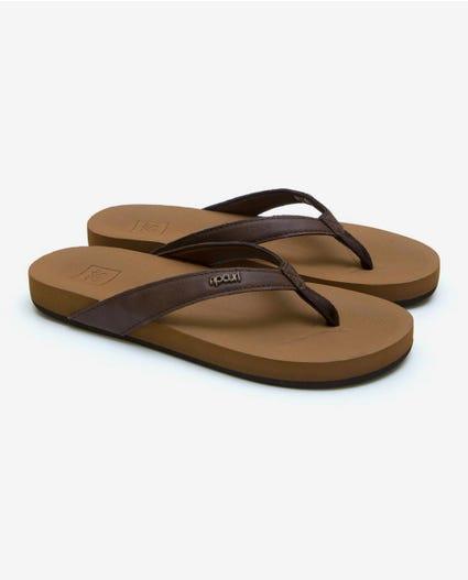 Seaside Thongs in Brown