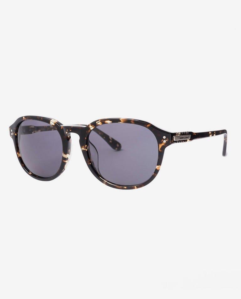 Throwback Sunglasses in Tortoise