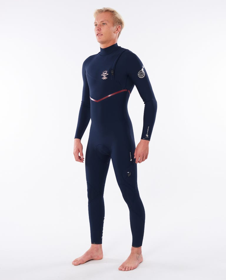 Flashbomb Search 4/3 Zip Free Wetsuit in Navy/Red