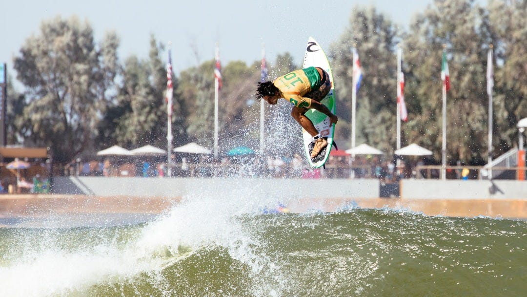 Gabriel Medina Becomes Back-To-Back and Undefeated Champion at the Freshwater Pro, Skyrockets to World #1