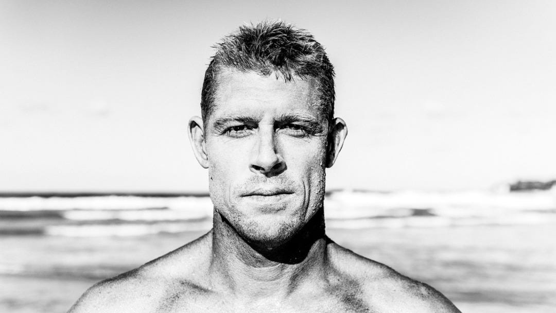 Mick Fanning Tears His ACL in South Africa