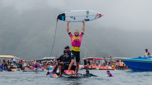 Owen Wright Wins the 2019 Tahiti Pro Teahupo'o in Repeat All-Star Final Against Gabriel Medina
