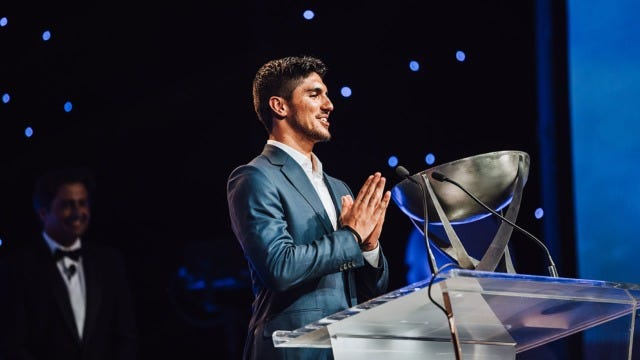 Gabriel Medina Takes Top Honours At The 2019 WSL Awards